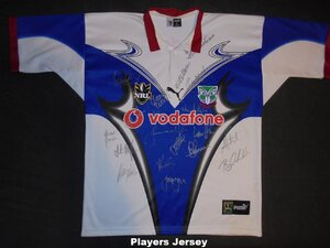 2001 Away signed players jersey #6 front.jpg