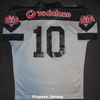 2003 signed players jersey #10 rear.jpg