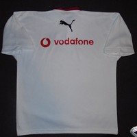 2001 Training signed player issue rear.JPG